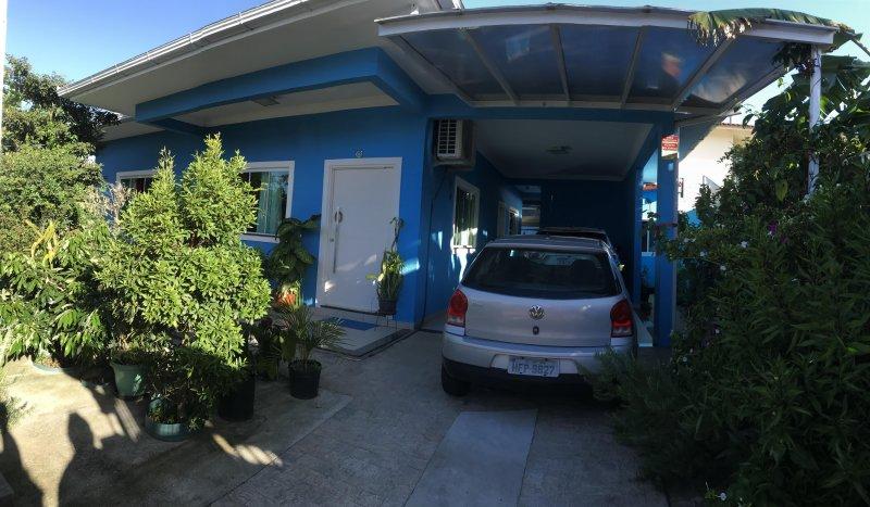 Casa com 3 Dormitórios à venda, 100 m² por R$ 550.000,00